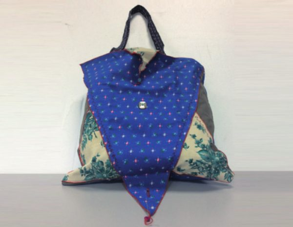 Shopper bag con tasca in cotone made in Italy realizzato a mano.