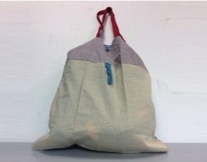Shopper bag in cotone made in Italy realizzato a mano.